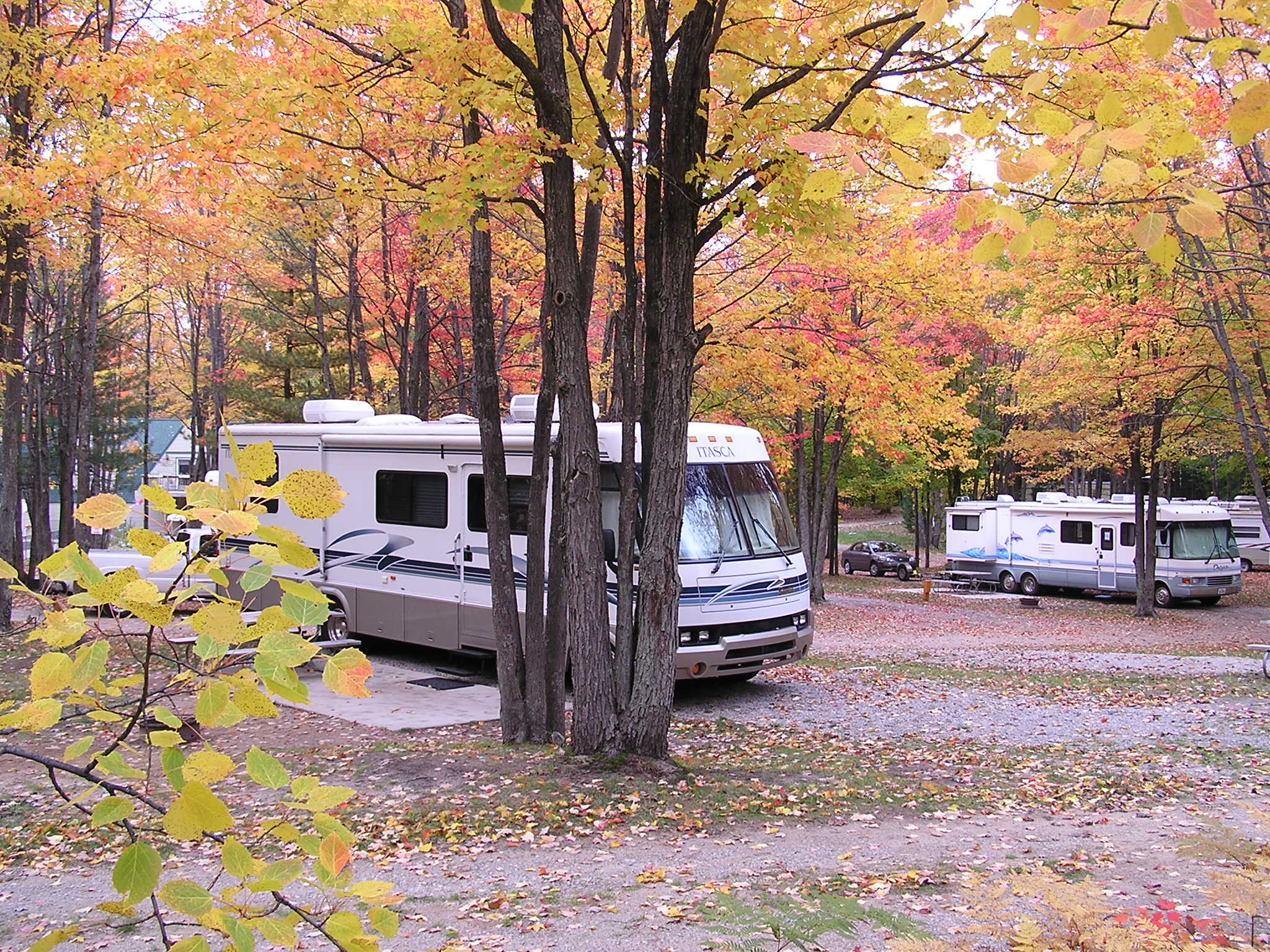 LARGE PULL THRU RV SITES